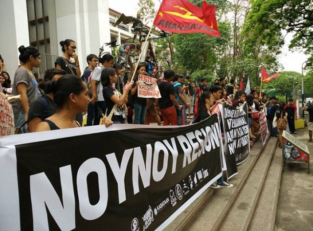 Protesters at the steps of Palma Hall in UP Diliman (Photo courtesy of Youth Act Now)