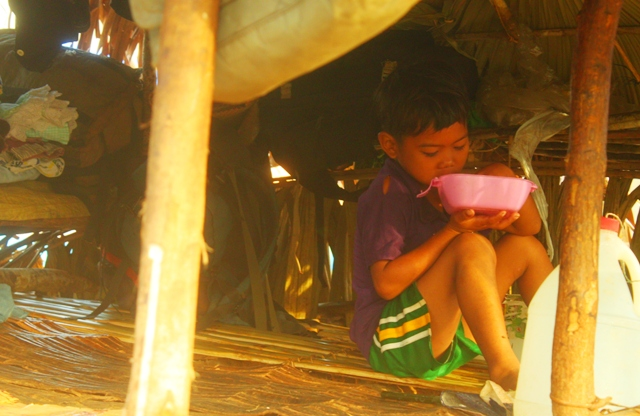 Some 1,000 individuals are forced to evacuate their homes due to militarization. (Photo by A. Umil/ Bulatlat.com)