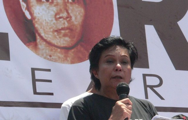 Artist Nora Aunor calls for Aquino's resignation