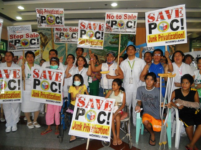 Patients, their relatives and employees of the Philippine Orthopedic Center are united in one call to stop privatization lone public orthopedic hospital in the country. (Photo by A. Umil/ Bulatlat.com)