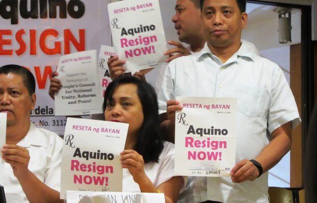 Doctors, health workers cite dangers of Aquino staying in power