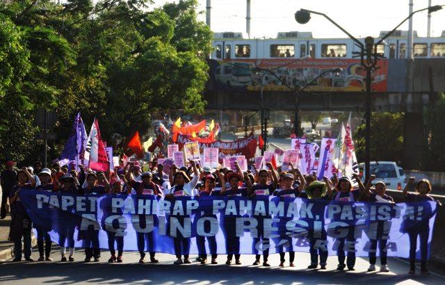 Women activists call for Aquino's resignation
