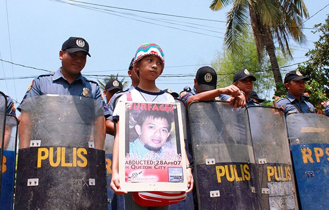 Burgos family to Aquino: 'Return Jonas to us'