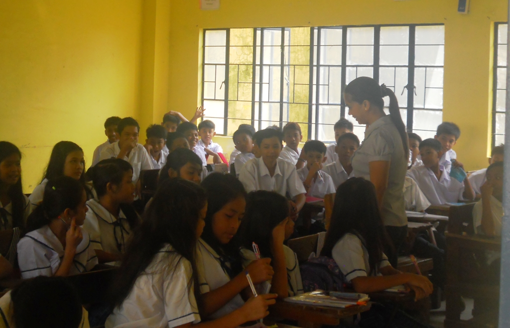 K to 12 | DepEd: 800k to 1 M Grade 11 students to be displaced in 2016