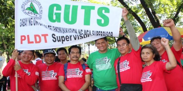 Charlie Arevalo (far left) (Photo by K. Manuel/Bulatlat)