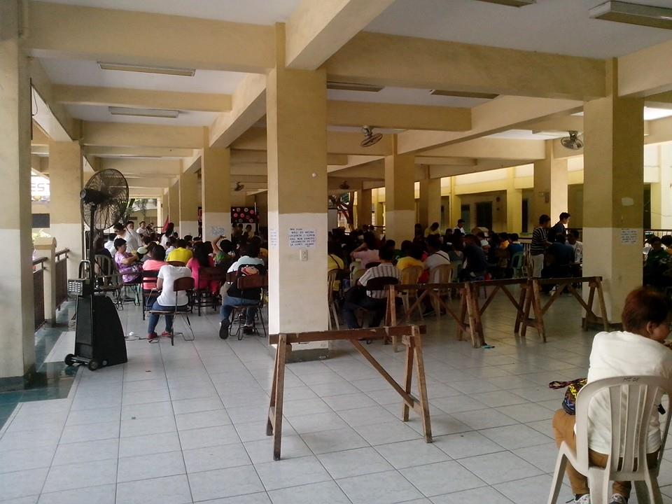 One of the training venue for the teachers' training for K to 12 program. (Photo grabbed from the Manila Public School Teachers Association Facebook Account/ Bulatlat.com)