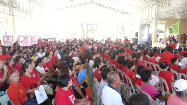 Batangas residents gathered at the Lobo town center to protest the MRL-Egerton mining company. (Photo by C. Bautista of Kalikasan PNE/Bulatlat.com)