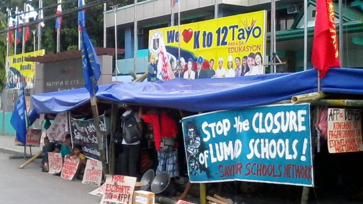 Lumad camp out at DepEd Davao City
