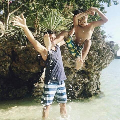 Vencer Crisostomo with his son Andoy. (Photo from Vencer Crisostomo's Instagram account/ Bulatlat.com)