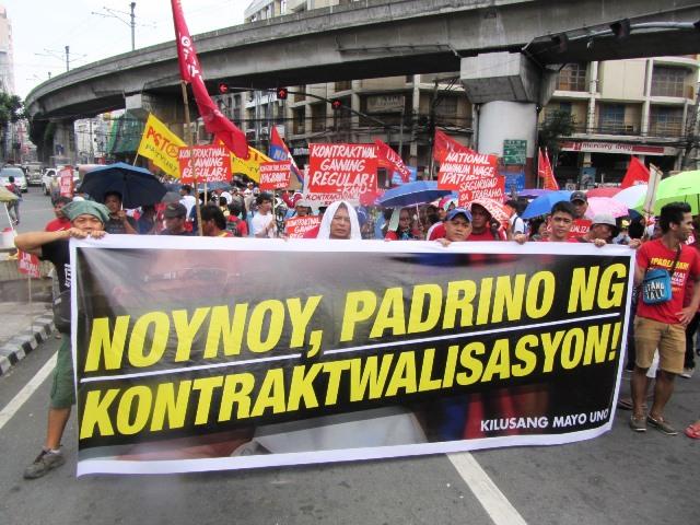 Workers' rally at Mendiola Bridge a few days before SONA (Photo by M. Salamat / Bulatlat.com)