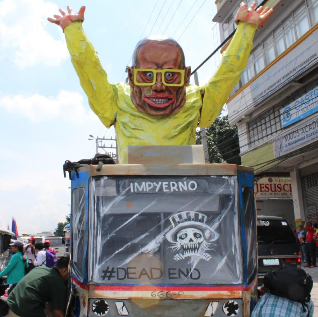 Aquino's Final SONA   'Tama na, tapusin na' – protesters call