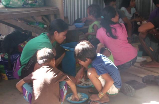The Lumad 'bakwets' of San Miguel, Surigao del Sur (Photo courtesy of Bsp. M.Villasanta/Bulatlat.com)