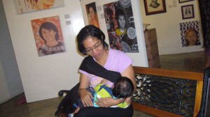 breastfeeding-mom-deejay