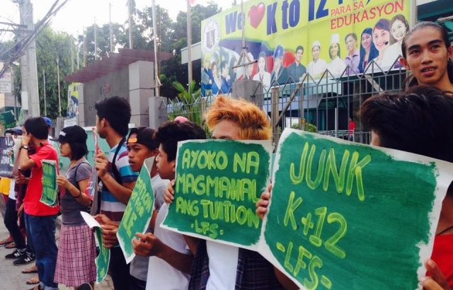 Youth group protests early enrolment for K to 12 senior high