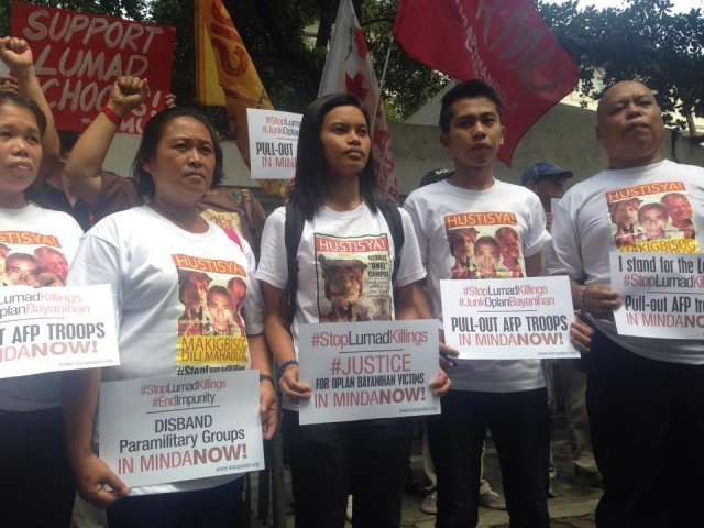 L to R: Newly-freed political detainee Andrea Rosal, Lumad leader Josephine Pagalan, Michelle Campos, Alcadev teacher Guideon Galicia and Fr. Diony Cabillas of Karapatan (Photo by B.Catli/Bulatlat.com)