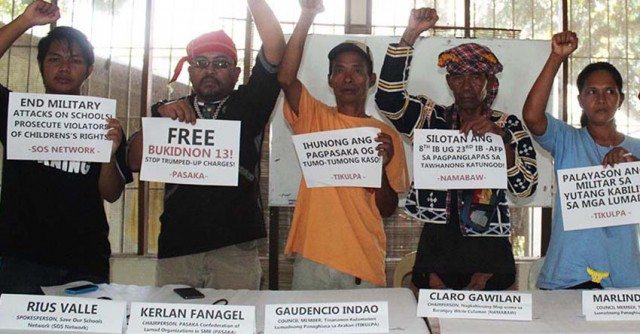 Tribal and peasant leaders demand the release of 13 arrested peasants and the pullout of soldiers from communities (Photo by M.Hernani/Davao Today.com)