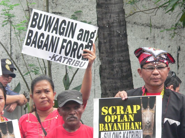 FILE PHOTO. Indigenous groups protest in front of President Aquino's residence on Times Street. (Photo by D.Ayroso/Bulatlat.com)