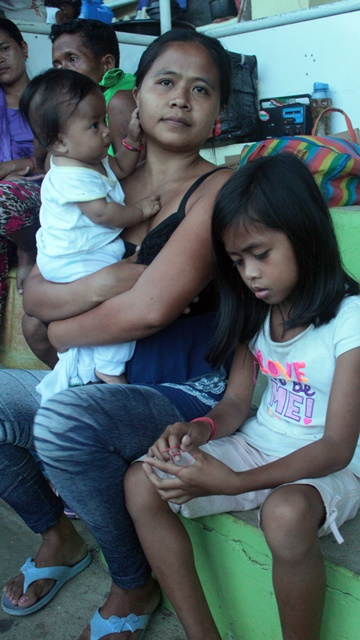 Maribel and her children are among the hundreds of witnesses to the brutal killings of Dionel Campos and Datu Jobello Sinzo. (Photo by J. Ellao / Bulatlat.com)