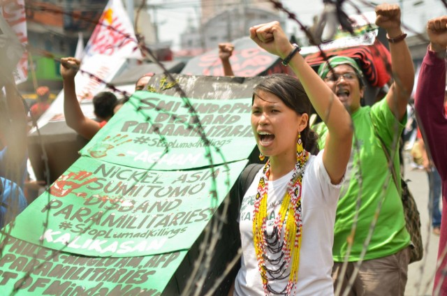 Activists call for dismantling of paramilitary groups (Photo by Loi Manalansan / Bulatlat.com)