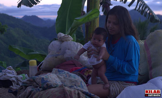 Evacuees return home to Talaingod, Davao del Norte in 2014 (File photo by Kilab Multimedia)