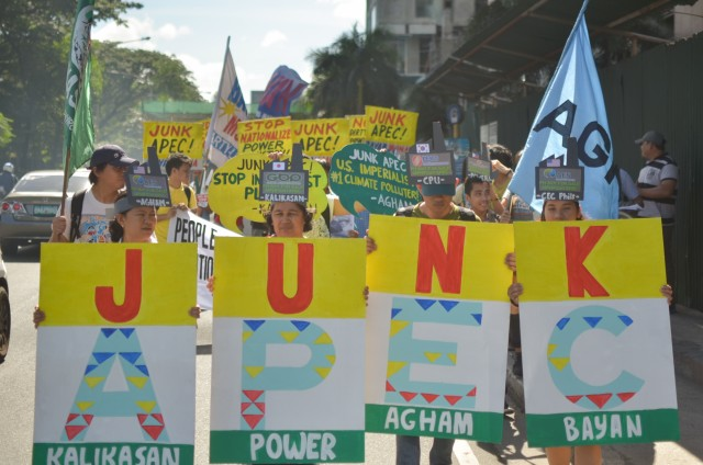 Protest at the Apec Climate Change symposium on Nov. 4. (Contributed photo/Bulatlat.com)