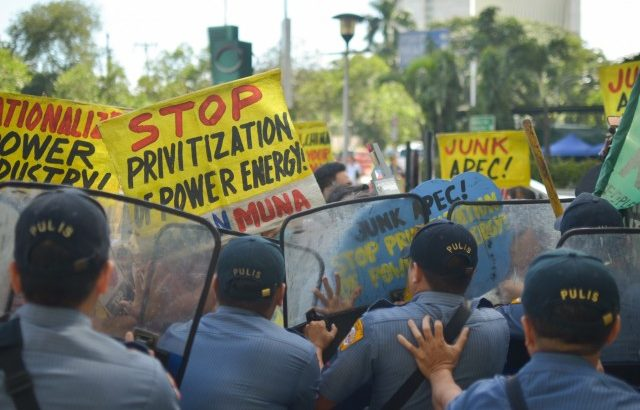 Climate change activists warn of Apec's further commercialization of energy resources