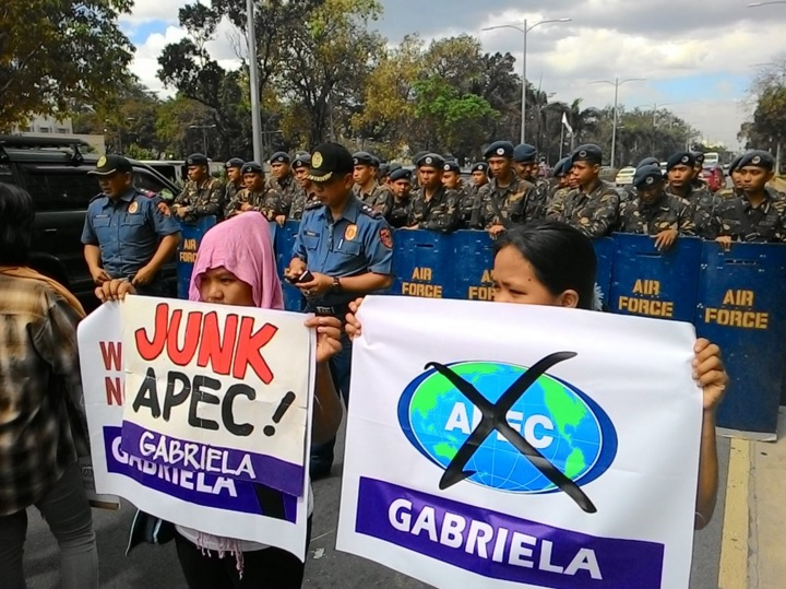 Women's group Gabriela protest against Apec and Edca in front of US Embassy. (Photo grabbed from Gabriela Twitter account.)
