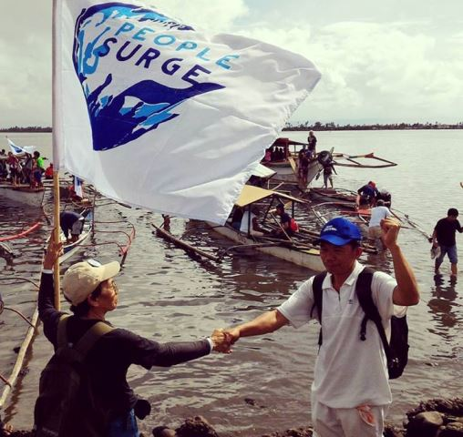 People Surge fluvial protest