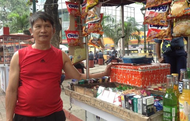 Apec has nothing in store for us, Manila vendors say