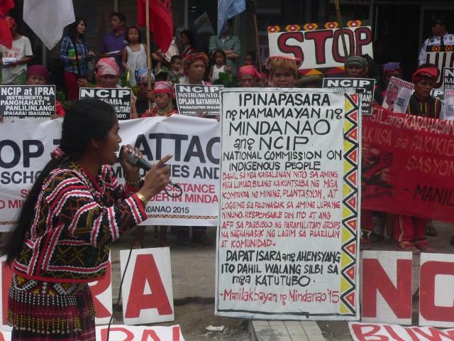 Lumad leader Minda Dalinan at the protest at NCIP (Photo by D.Ayroso/Bulatlat.com)