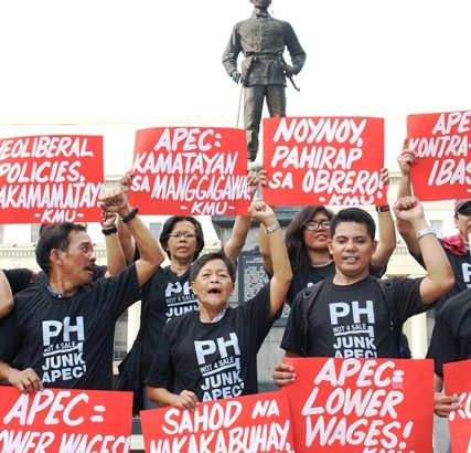 Nationalist workers show opposition to APEC