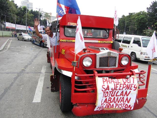 jeepney Bulatlat picture