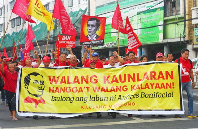 Leaders from various sectors mark the 152nd birth anniversary of Andres Bonifacio with a protest march to Mendiola, Nov. 30. (Photo by Ronalyn V. Olea/ Bulatlat.com)