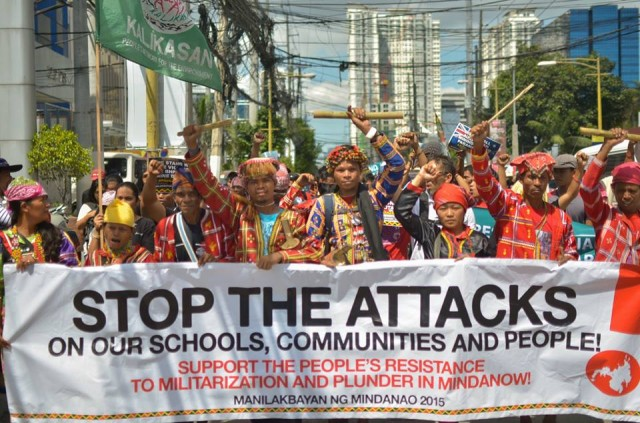 The Manilakbayan trooping to the national headquarters of various large-scale miners in Mindanao. (Photo by Loi Manalansan/Bulatlat.com)