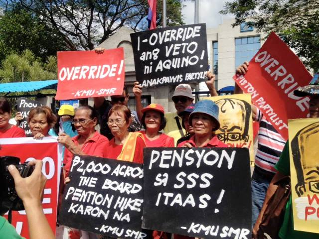 Senior citizens holding a picket in Cagayan de Oro, Feb 3 (Photo courtesy of Kdamay)