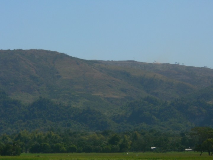 Part of Zambales mountains laid barren by large-scale mining operations (Photo by D.Ayroso/Bulatlat)