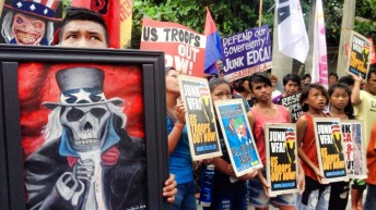 Edca protesters invoke 'Heneral Luna'