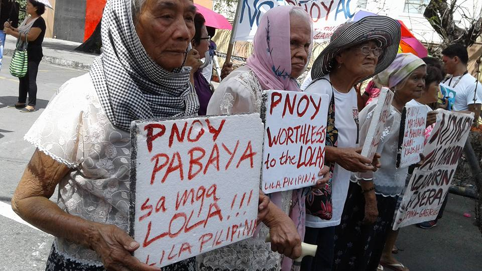 Filipina comfort women under the Lila Pilipina protesting in front of the Japanese Embassy as it attempts to revise history in United Nations. (Contributed photo. )