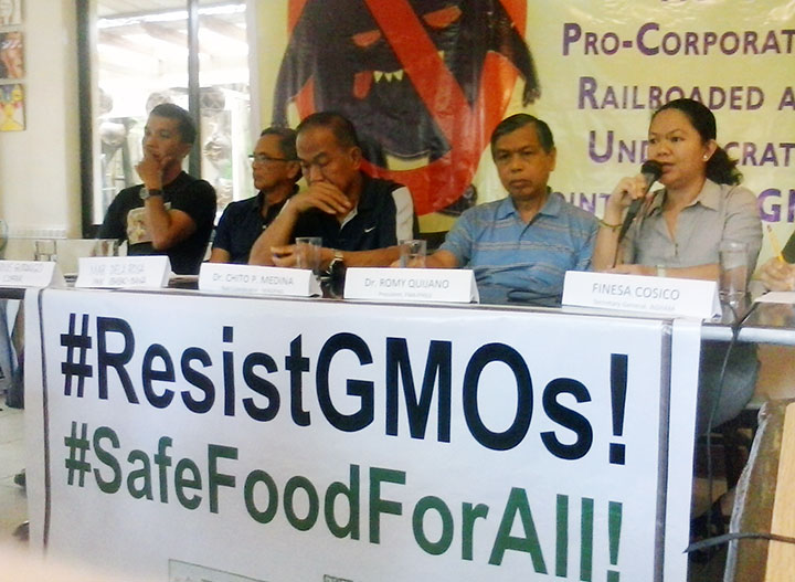 Farmers and scientists criticize railroading of draft circular on genetically-modified crops in a press conference, Feb. 9 (Photo by Ronalyn V. Olea / Bulatlat.com)