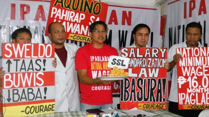 Gov't employees fear massive layoffs over Duterte's devolution order