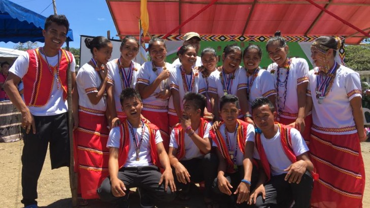 A mother's joy | Lumad school holds graduation rites at evacuation center