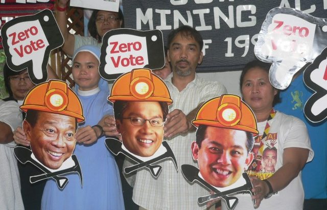 Green groups campaign for 'zero vote' for Roxas, other pro-mining candidates
