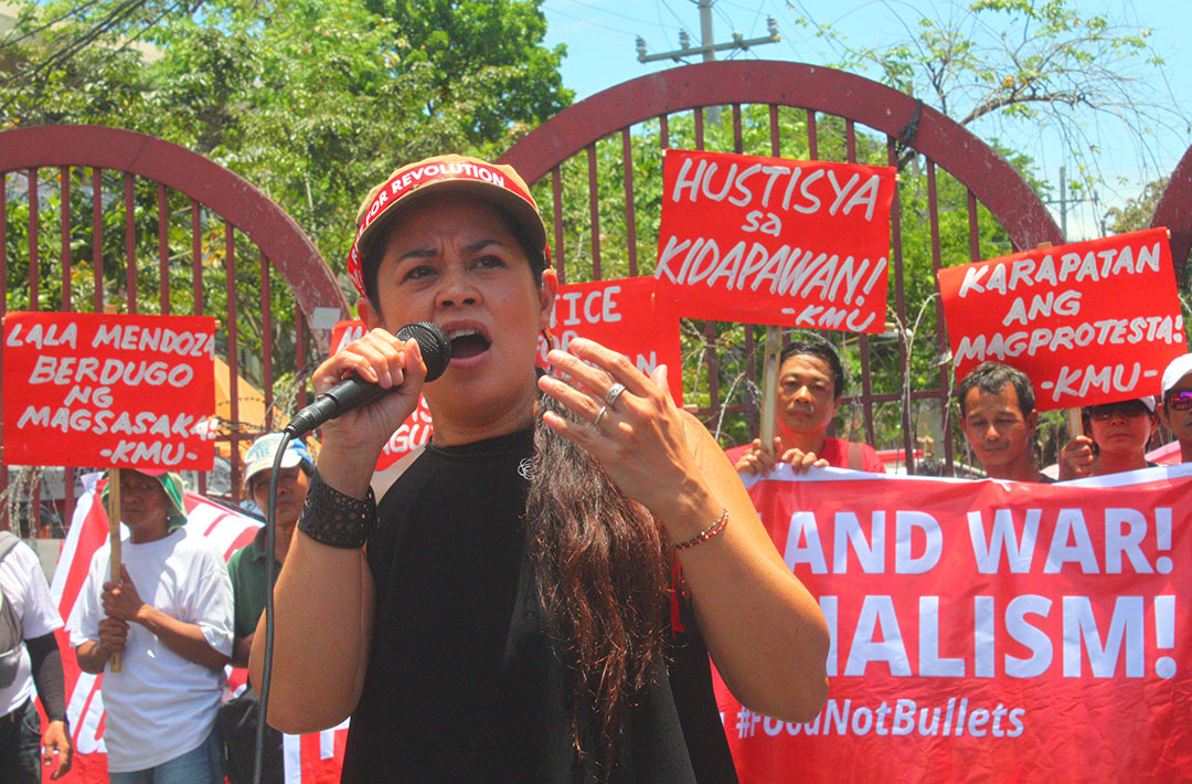 "Monique Wilson: ""Matatalino po ang mga magsasaka…Hindi po tanga ang mga magsasaka. Nandun sila sa protest sapagkat sila ay gutom.""(Farmers are intelligent people…Farmers are not dumb. They were there at the protest because they are hungry.) (Photo by Ronalyn V. Olea/ Bulatlat)"