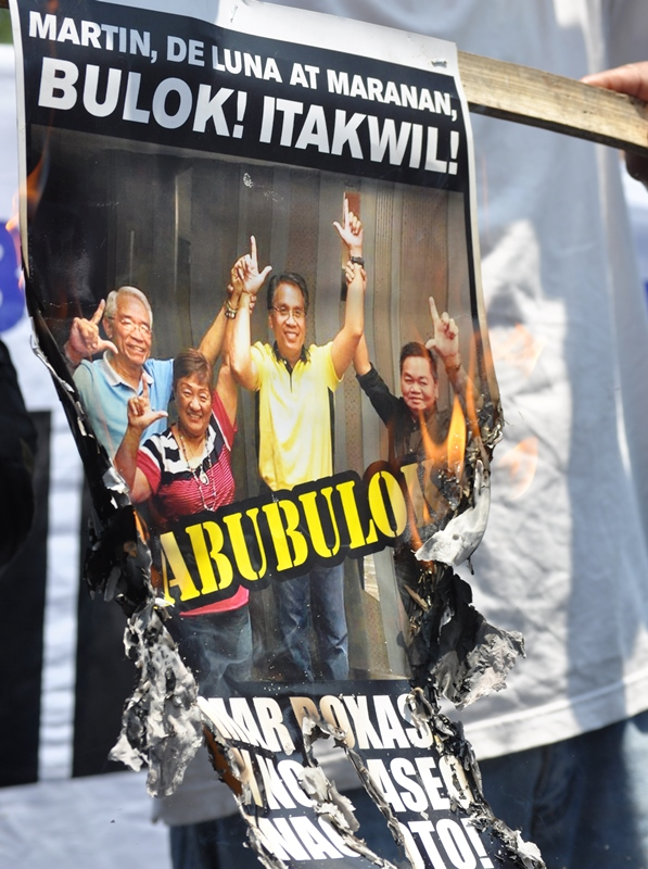 No To Jeepney Phaseout condemn Roxas