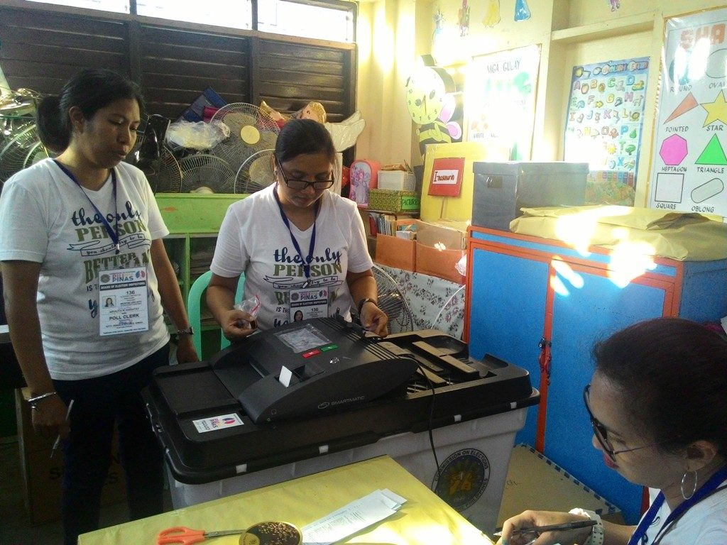 Teachers protest delay in election duty pay