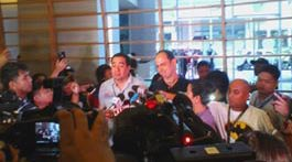 Search of Novotel yields 2 foreigner Smartmatic technicians