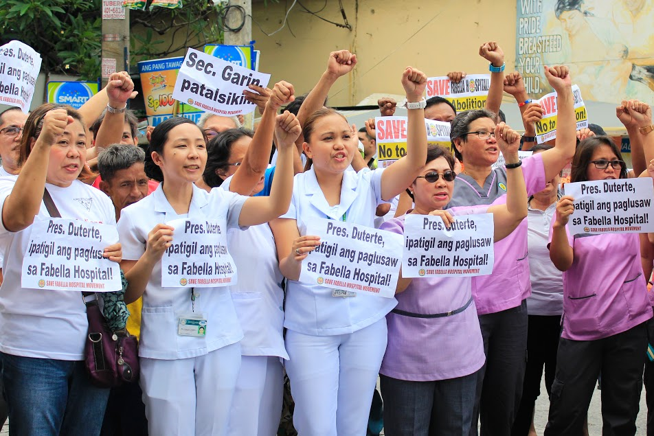 Health workers of Dr. Jose Fabella Memorial Hospital. (Photo by K.A. Macalalad/ Bulatlat)