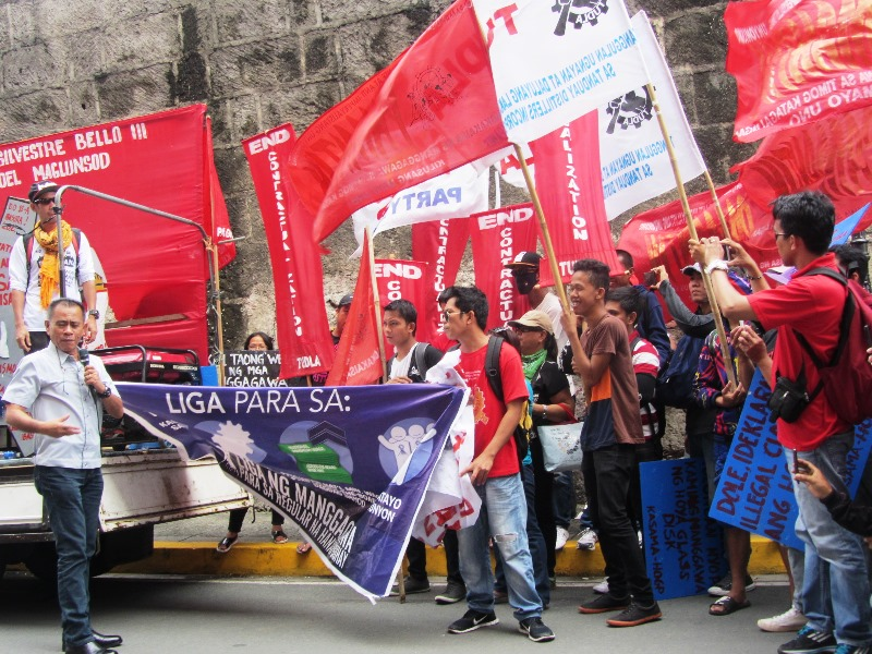DOLE picketed by Pamantik-KMU