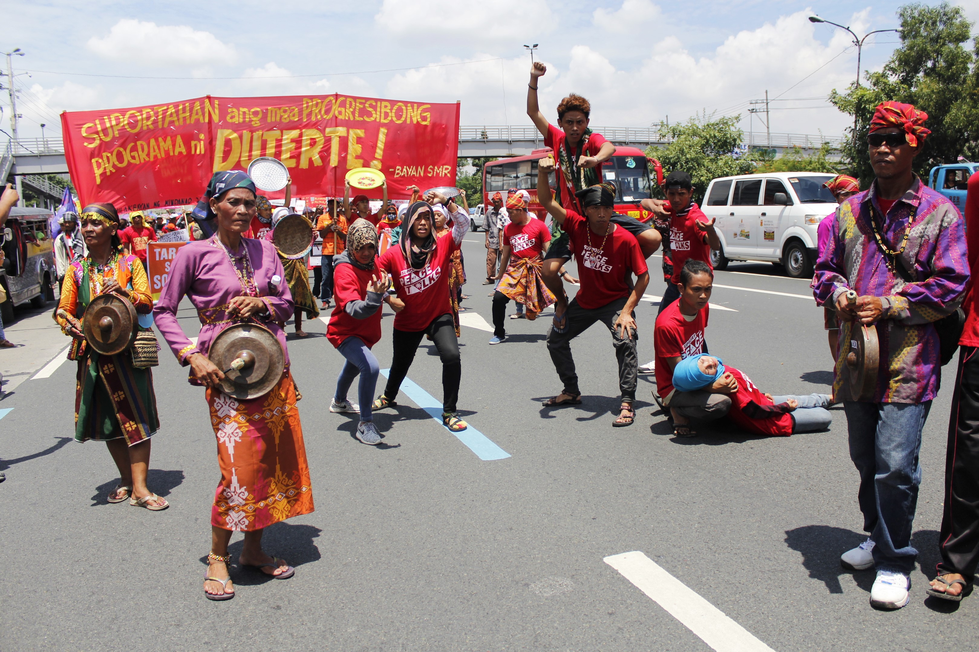 Lumad and Moro communities join the People's State of the Nation Address. (Photo by Karen Ann Macalalad/Bulatlat)