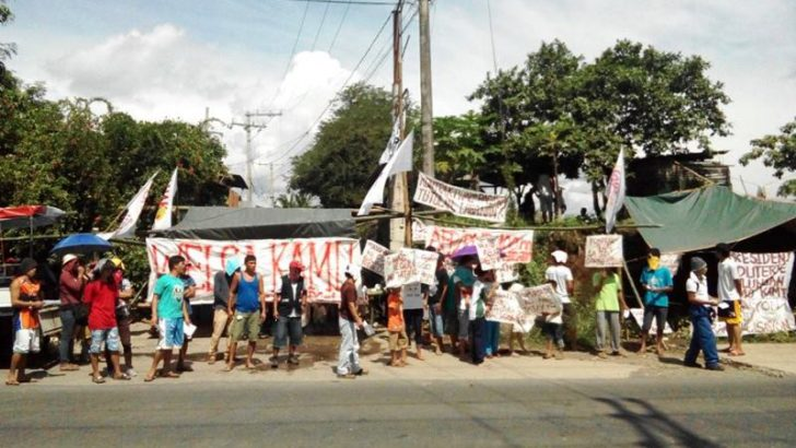 Porters lead strike for regular jobs in largest agri-based coop in PH